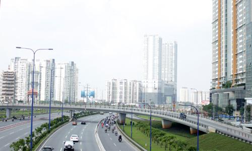 Bất động sản phía Đông Sài Gòn rục rịch tăng giá