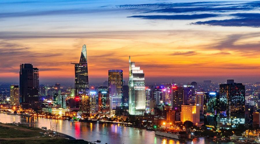 Khách Trung Quốc đua nhau gom bất động sản siêu sang TpHCM