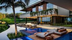 When the super rich choose PGA GOLF VILLAS for relaxation.